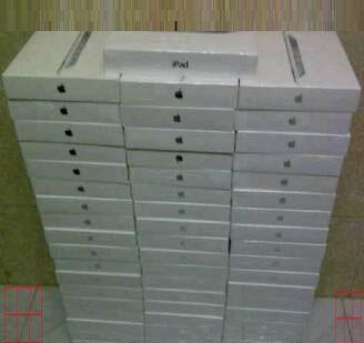 iPad 2 WiFi + 3G white / black 64 Gb
